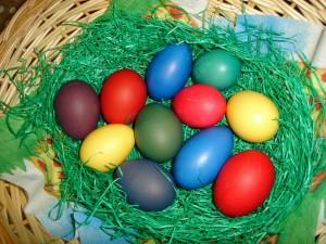 Чем отличаются писанки олт крашенок яйца к пасхе